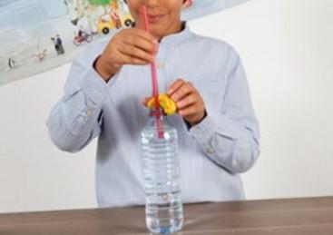 Deney-Pipetle Suyu icebilecek Misiniz-okul deneyleri-kolay eglenceli fizik deneyleri cocuklar icin-sinif-2-3-4-5-6-7